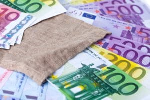 Maximale hypotheek op inkomen en marktwaarde berekenen